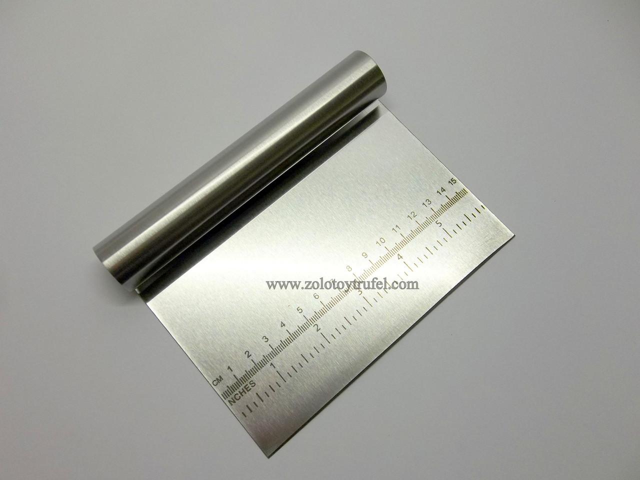 Скребок прямоугольный 15*10 см из нержавеющей стали