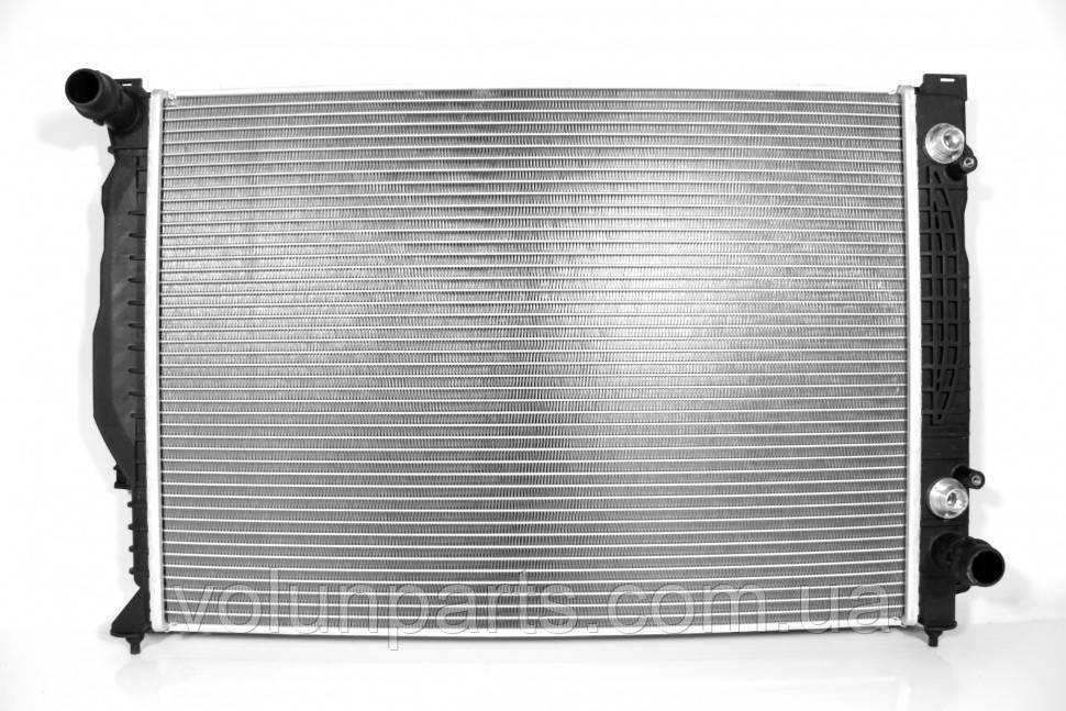 Радиатор охлаждение двигателя Audi a6c5 2.5 автомат Kager 310034