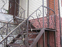 Изготовление и монтаж металлических лестниц