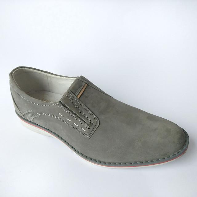 Кожаная польская обувь мужская под ложку серого цвета замшевая