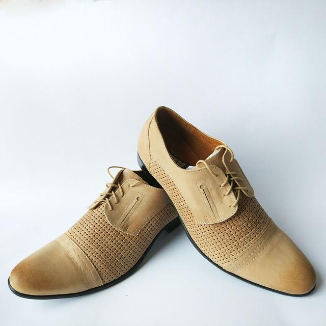 Мужская кожаная классическая польская обувь купить туфли песочного цвета на шнуровке фабрики Abis