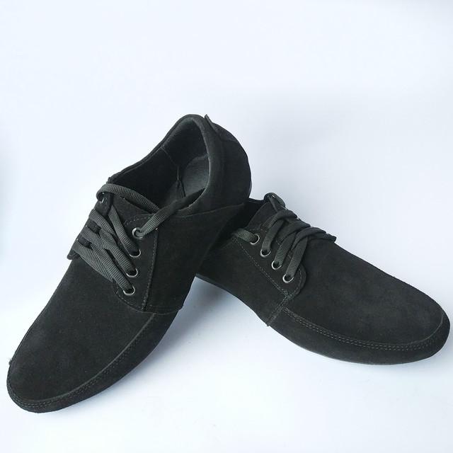 Харьковская обувь Van Kristi мужские замшевые мокасины черного цвета на шнуровке