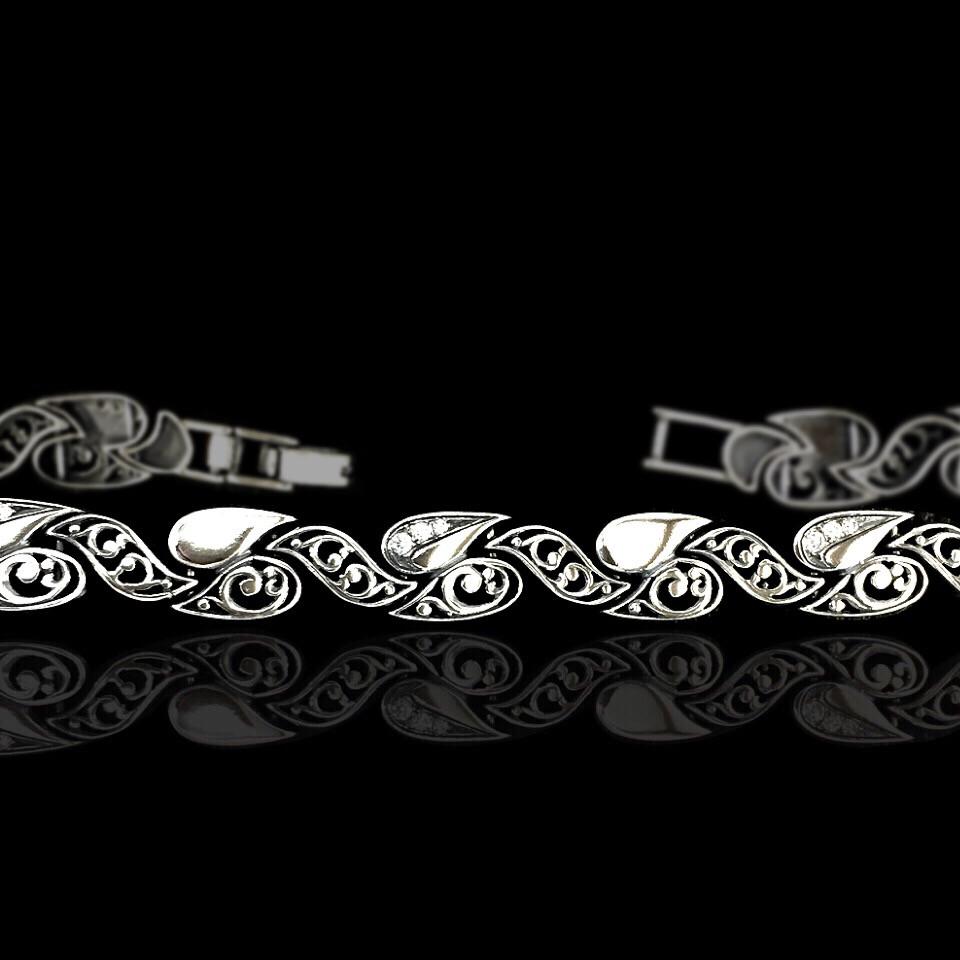 Срібний жіночий браслет з фіанітами, 200мм