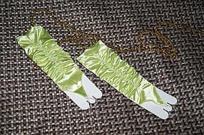 Перчатки салатовые длинные