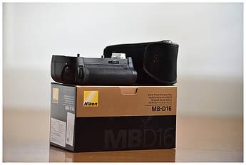 Батарейний блок (бустер) MB-D16 для NIKON D750