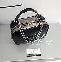 Женская черная кожаная сумочка STELLINA с серебристым питоном на цепочке