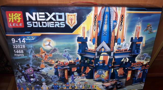 Конструктор Lele 32028 Nexo Knights Королевский замок Найтон 1468 дет