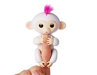 Интерактивная обезьянка Софи  WowWee Fingerlings Baby Monkey Sophie Оригинал США