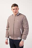 Весенняя легкая мужская курточка