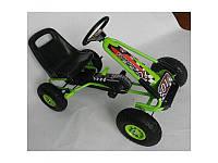 Детская педальная машина веломобиль