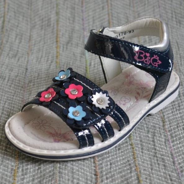 Босоніжки з квіточками, B & G (код 0250) розміри: 31