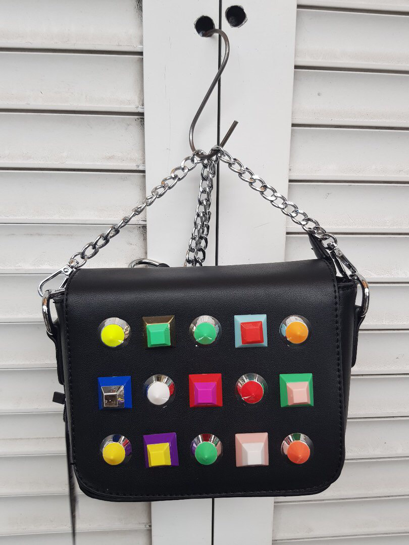 Женская маленькая сумочка из кожзаменителя