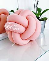 Декоративная подушка узел с надписью ЛЮБОВЬ, персиковая