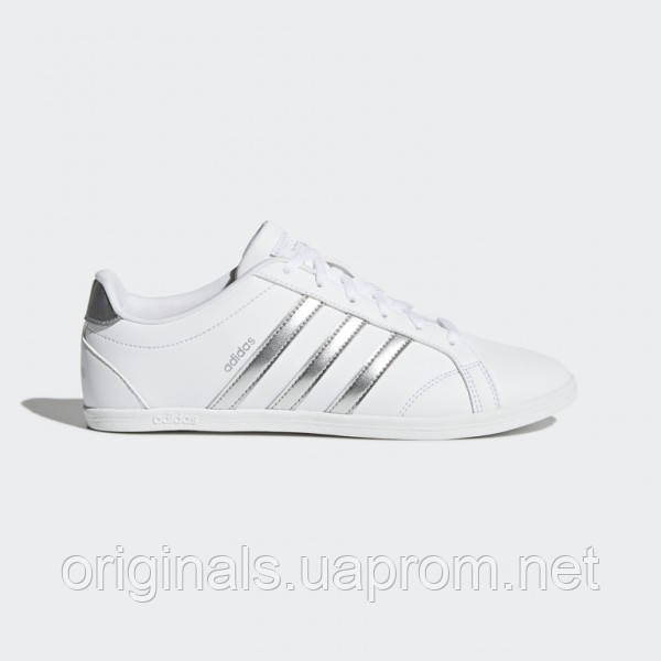 Белые кроссовки Adidas VS Coneo QT DB0135