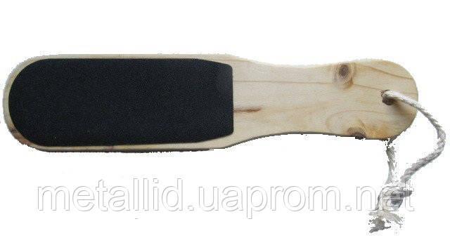 Тёрка для пяток  на деревянной основе