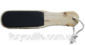 Терка для п'ят на дерев'яній основі