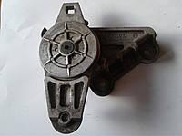 Натяжитель поликлинового ремня VOLVO 6842019 на VOLVO 960 (2.9), 1990-1996 год, фото 1