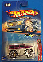 Базовая машинка Hot Wheels Mercedes-Benz G500 Silver
