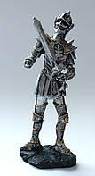 "Статуэтка ""рыцарь с мечём"""
