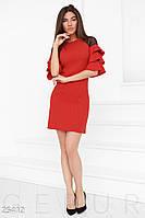 Платье с воланами. Цвет насыщенный красный.