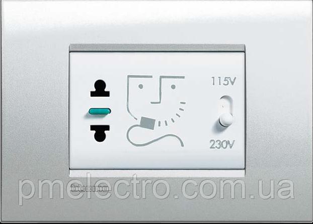 Розетка для электробритв