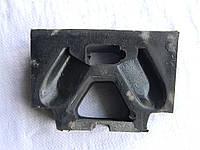 Подушка двигателя Т-150, ЯМЗ (боковая) (150.00.075)