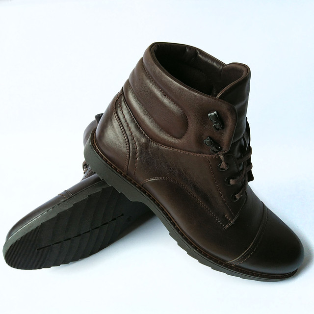 купить мужские зимние ботинки кожаные шоколадного цвета на натуральном меху на шнуровке