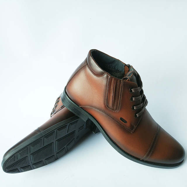 классическая зимняя мужская обувь харьков кожаные коричневого цвета на шерсти на шнурку и замку