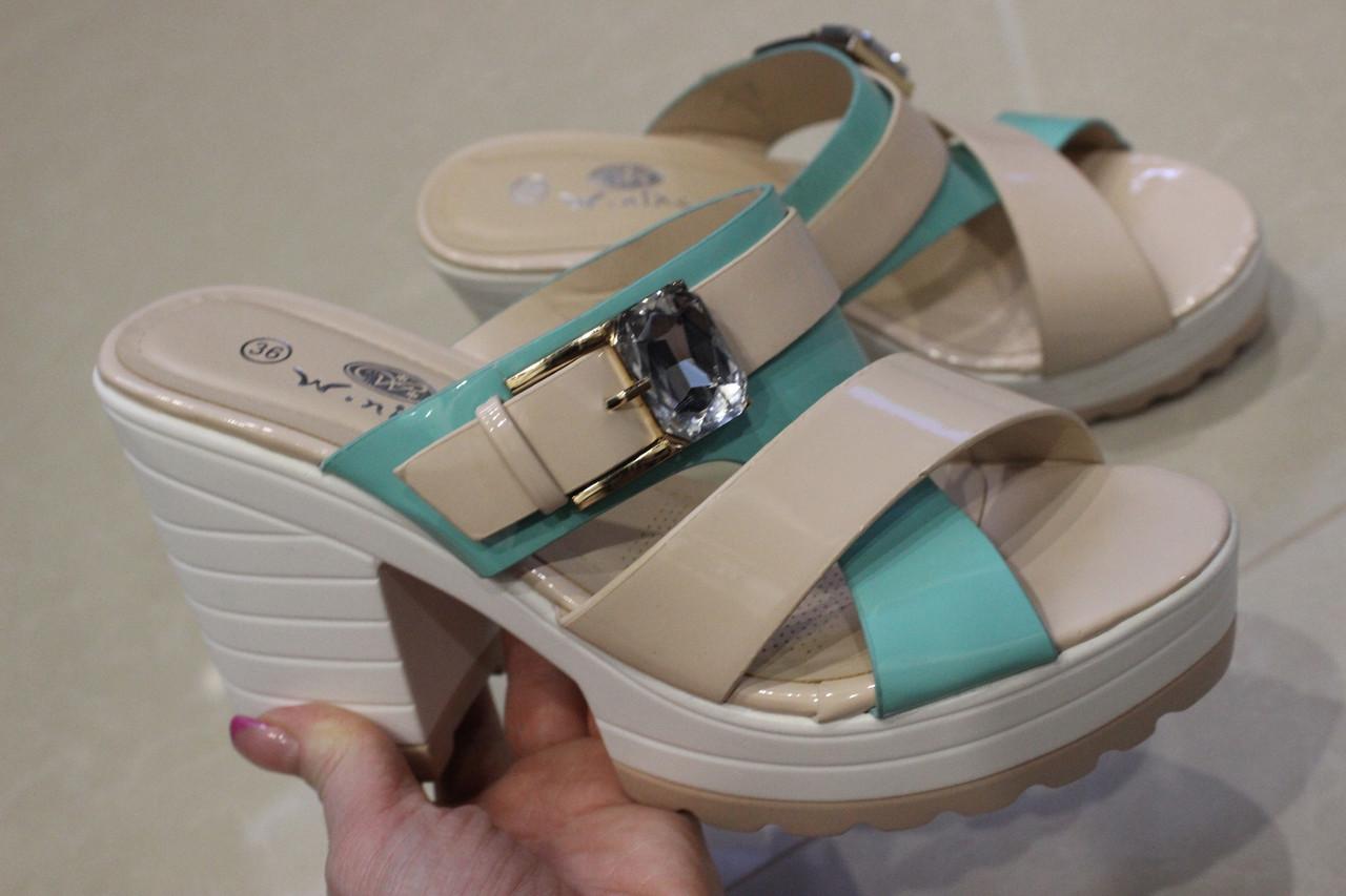 Женские шлепанцы бежевого цвета  на каблуке размер 40