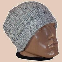 Вязаная мужская  шапка мраморного цвета спортивного силуэта