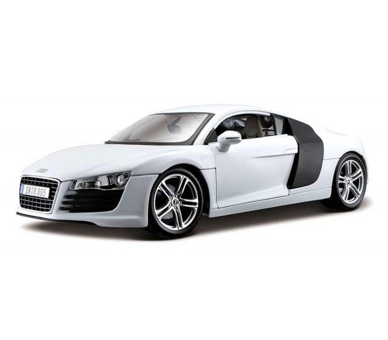 Автомодель (1:18) Audi R8 белый