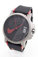 Наручные спортивные часы Nike, Найк черные с красным