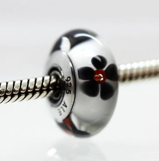 Шарм бусина Pandora Пандора Муранское стекло Черно-белые цветочки