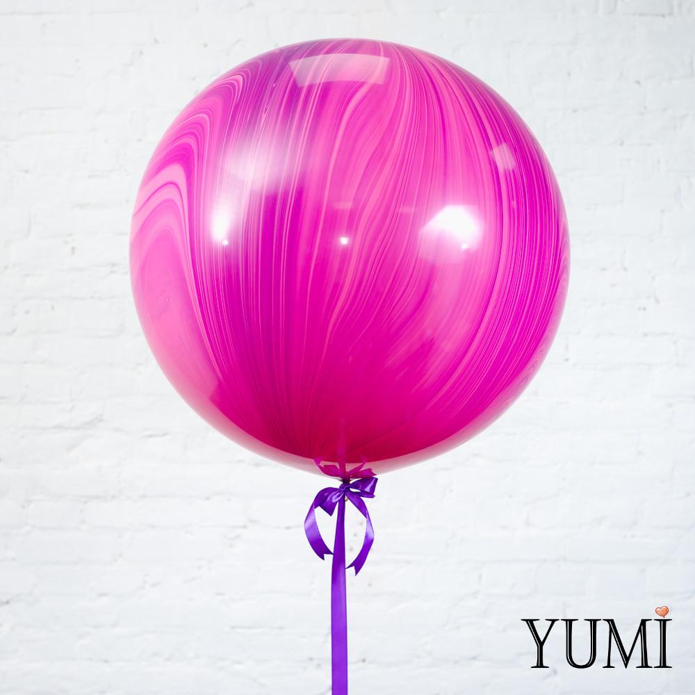 Стильный гелиевый розовый мраморный шар-гигант для девушки