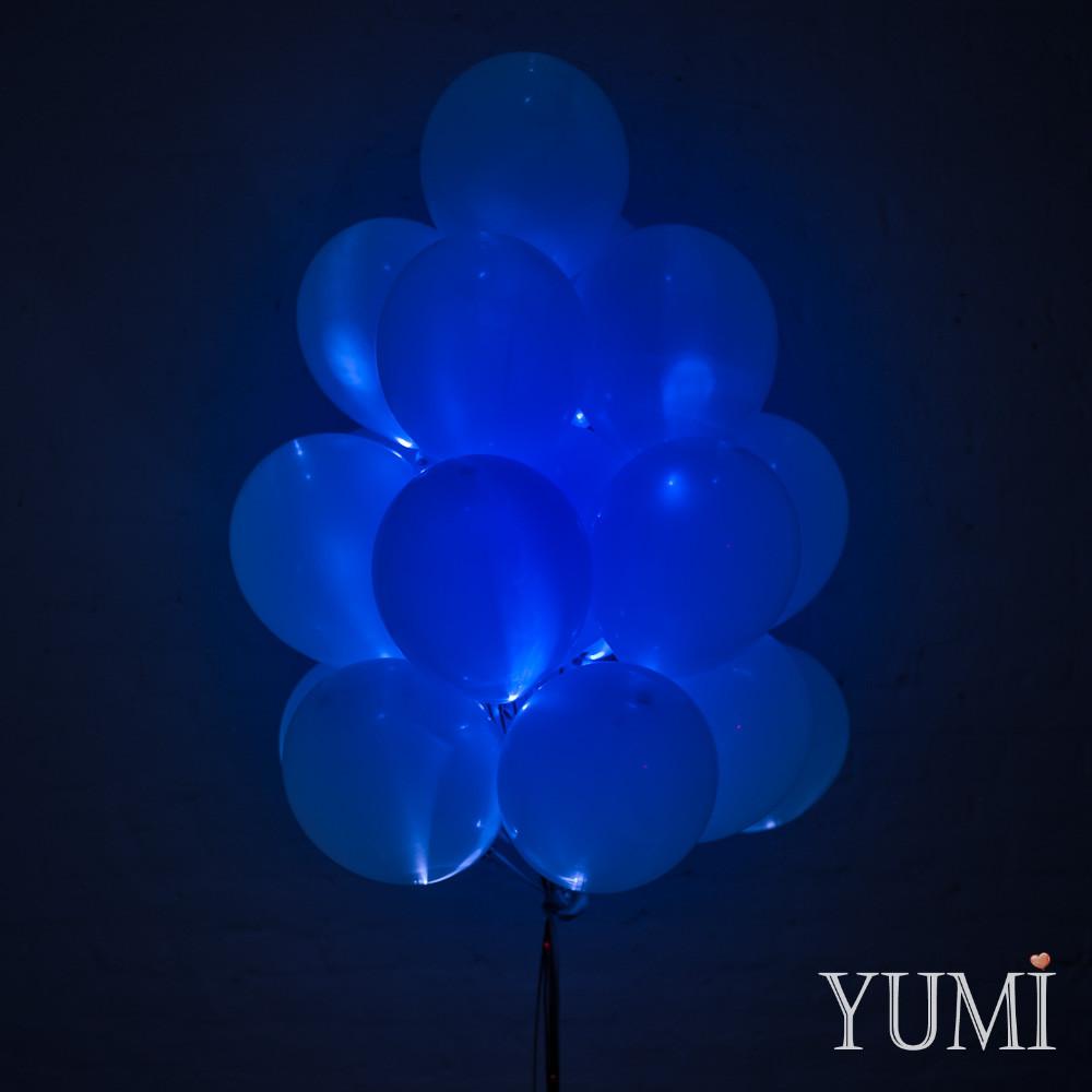 Связка из 20 синих светящихся шаров с гелием