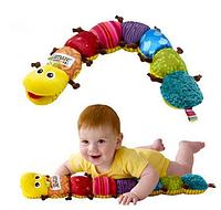 Мягкая музыкальная игрушка. Гусеница ростомер. Lamaze
