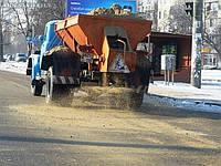 Чем зимой посыпают дороги в Украине?