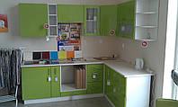 Кухня наборная, угловая 2400*1700мм.(фасад МДФ лак)