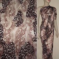 Атласная ткань стрейч темно бежевая с розовая оттенком леопард атлас