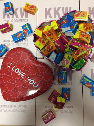 Жвачки Love is в коробочке сердечко, 45 шт стандарт (коробочка металл), фото 2