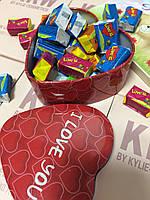 Жвачки Love is в коробочке сердечко, 25 шт стандарт (коробочка металл)