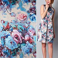 Атласная ткань стрейч песочная с роз голубой цветами (принт) атлас