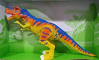 Игрушечный Динозавр на батарейках