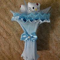 Букет из мягких игрушек Китти голубой