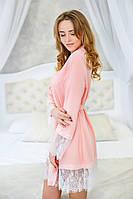 Мягкий трикотажный халат с кружевом Персик