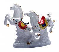 Две Лошади (Фаянс)