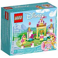 Конструктор LEGO Disney Princess Королевская конюшня Невелички (41144)