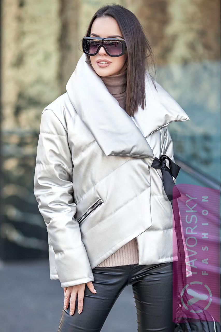 Куртка из ЭКО-кожи металлический перламутр цвет белый