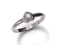"""Золотое женское кольцо CARTIER """"Сердце"""" с камнем Swarovski"""