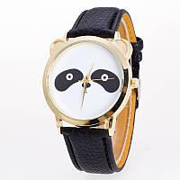 Часы женские Панда черные,белые  108-2